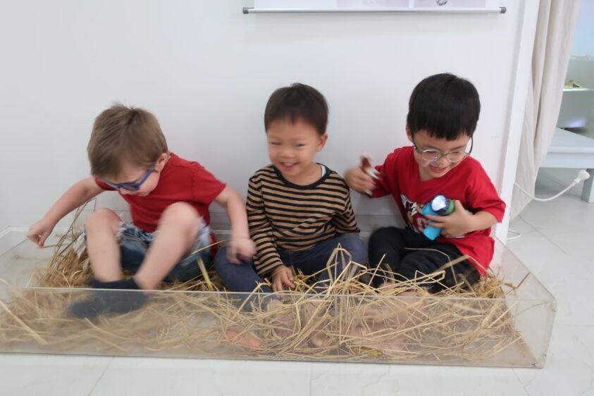 Sensory Play | The Country School International School Bangkok